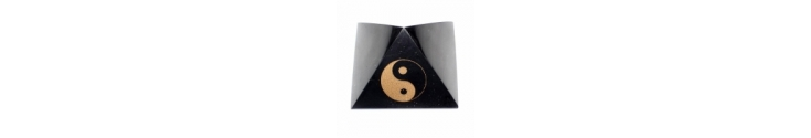Polished pyramids with Feng Shui symbols